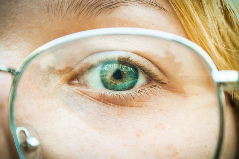 Nowoczesne rozwiązania w soczewkach okularowych