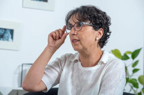 O okularach fotochromowych dla seniorów